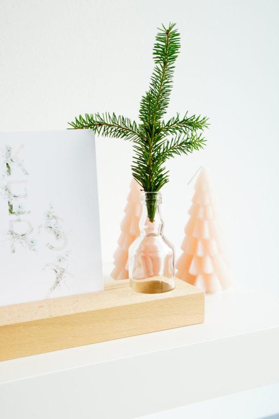 houten kaarthouder met kerstkaart